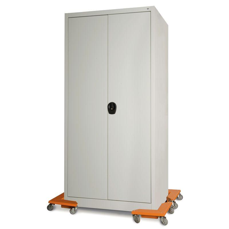 Unicraft ETR - podczas pracy przy przemieszczaniu szafy stalowej