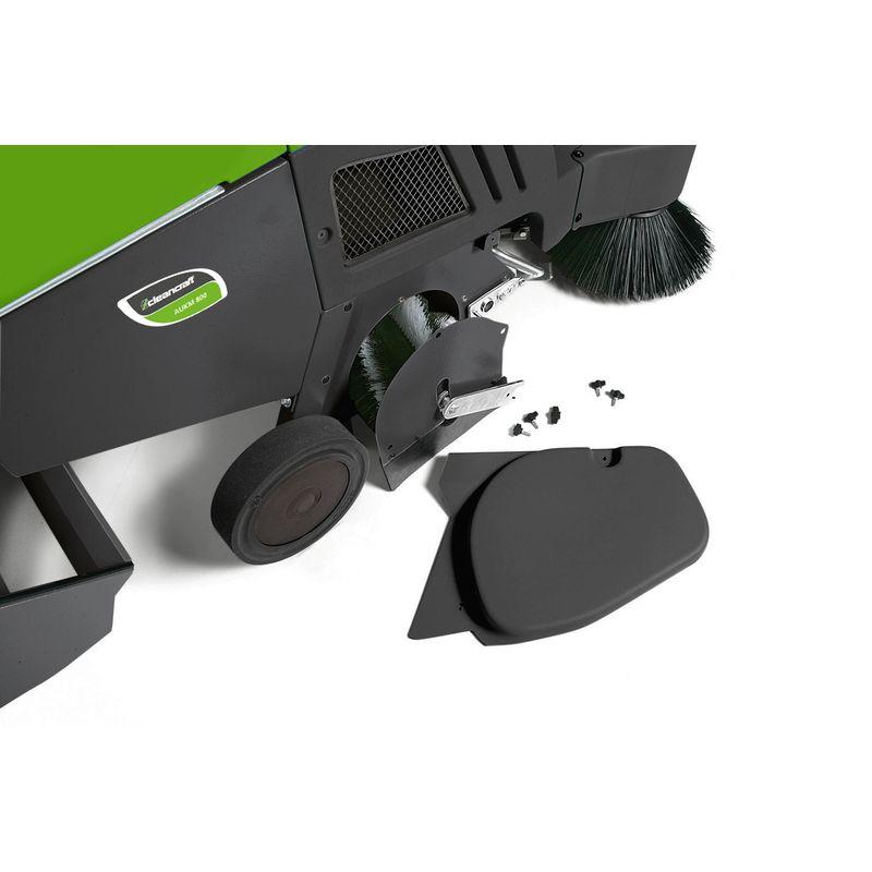 Cleancraft AUKM 800 - łatwa wymiana szczotki głównej